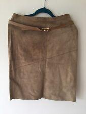 Gucci Designer Beige, véritable daim une ligne jupe, avec ceinture, taille 44, UK 12-14 SUPERBE!
