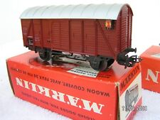 MÄRKLIN HO 1/87 - 3 rails   -  WAGON COUVERT + FEUX DE FIN DE CONVOI ref 4506