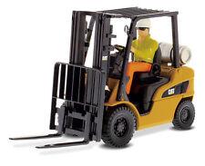 NEW Diecast Masters DM 85223 CAT Caterpillar P5000 Lift Truck 1:25 Model Die