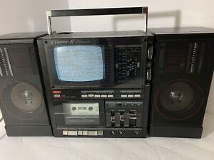emerson XLC556A Portable TV / FM/AM Radio & Cassette Player