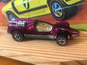 Hot Wheels - Mantis - 1970 redline series - MAGENTA - Original NOT restored