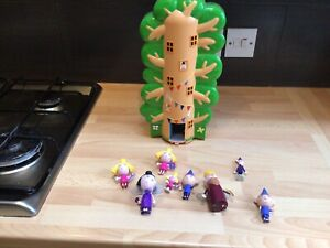 Ben and Holly's Little Kingdom Wise Old Elf Treehouse with Figures No Wand rare