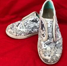 TINY TOMS Shoes Sheep Print WHITE Cotton Canvas Fabric Boys Size T 10 Loafers