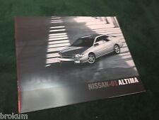 "NEW MINT 2001 NISSAN ALTIMA SALES BROCHURE ORIGINAL 9"" X 11""  ( BOX 329)"