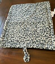 New listing Self Warming Thermal Leopard Print Pet Bed - Gray