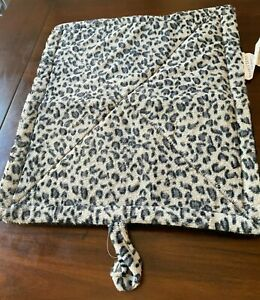 Self Warming Thermal Leopard Print Pet Bed - Gray