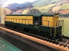 Athearn 4303 F.M Trainmaster Chicago & North Western #1905. Boxed