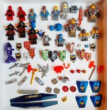 Lego - NEXO KNIGHTS figurines accessoires pieces tampographiées- lot kgs vrac