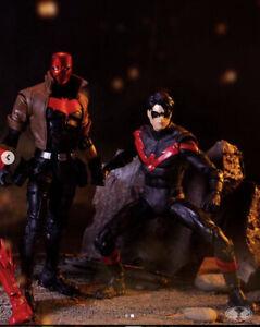 McFarlane Toys - DC Multiverse 2 PACK: NIGHTWING VS RED HOOD