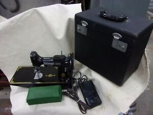 Vtg Antique Portable Sewing Machine Singer Featherweight 221 Series AJ 1950 Old