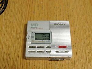 Sony MZ-R90 Md Walkman Minidisc Player / Recorder & Remote