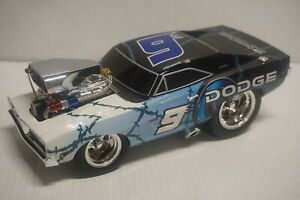 1/18 Kasey Kahne #9 Dodge Dealers / MOPAR 1969 Dodge Charger Muscle Machines