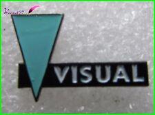Pin's La vue Marque de lunette Opticien VISUAL avec Triangle vert  #686