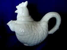 Collectible CORDON BLEU Hen/Rooster/Chicken White Ceramic Tea Pot / Teapot - NEW