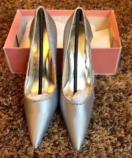 LADIES. SILVER AND RHINESTONES / DIAMONTE SATIN. CUT OUT POINTED TOE SHOES
