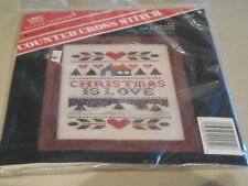 BANAR DESIGNS COUNTED CROSS STITCH KIT CHRISTMAS IS LOVE  #CSK-51