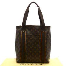 Authentic LOUIS VUITTON Cabas Beaubourg Tote Bag Monogram M53013 #K160137