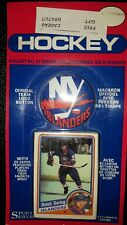 1984-85 OPC Cello Pack Button O-Pee-Chee Pat Lafontaine New York Islanders RC