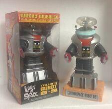 Funko LOST IN SPACE B-9 ROBOT WACKY WOBBLER BOBBLEHEAD Mint in the Box!