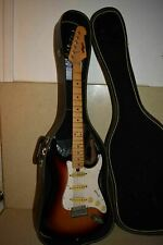 <A> MEMPHIS VINTAGE 102 102S STRATOCASTER ELECTRIC GUITAR W/ HARDCASE