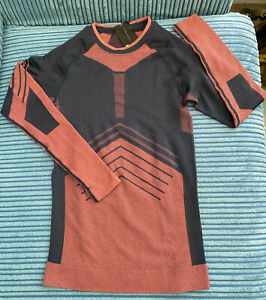 Ladies Size 8-10 S-M Long Sleeve Under Ski Base Layer Thermol Top Navy Pink BNWT