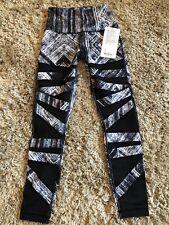 Lululemon High Times Pant Nwt Size 4 HWWXBLK Luon Black White