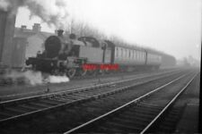 PHOTO  1956 SHUTTLE TRAIN FROM HARROW AND WEALDSTONE TO BELMONT MIDDLESEX THE BR