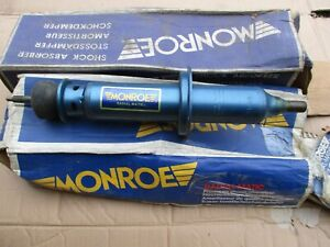 R6315 New Pair Monroe Front Shock Absorbers Fits Renault R15 R17 1971 on