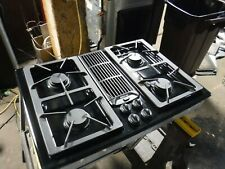 Jenn Air Downdraft Gas 30� Cooktop 4 Burners Grill & Griddle Jgd8130Adb21