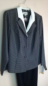 NWT DANNY & NICOLE SIZE 16W PANTSUIT, BLACK & WHITE - NWT - SEE PICTURES