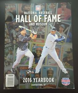 2016 Baseball Hall of Fame Yearbook Magazine 143 pgs. Mike Piazza Ken Griffey Jr