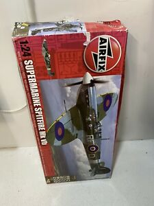 Airfix A50141 Supermarine Spitfire Mk.Vb 1:24 Scale Airplane
