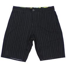 Oakley ADVENTURE Shorts Size 34 L Black Mens Casual Walkshort Boardshorts Short