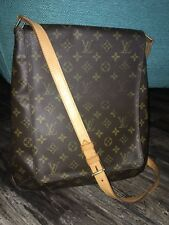 Gorgeous Authentic Louis Vuitton Monogram Musette Salsa GM Crossbody Messenger