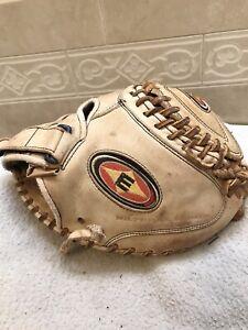 "Easton Natural Series 33"" Women's Fast-Pitch Softball Catchers Mitt Right 🤚"