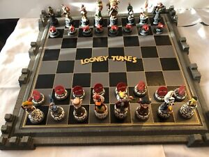 """Rare 1990's Franklin Mint """"Looney Tunes"""" Chess Set With Character Pieces"""