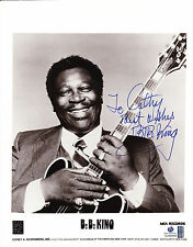 B.B. King Autographed/Signed 8x10 B&W Photo With Global COA-Blues Musician
