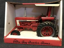 Ertl Farmall 706 The Toy Tractor Times 1995 Collector's Edition 1/16 Scale