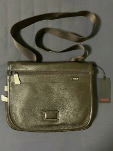 NEW WITH TAGS TUMI Full Grain Brown Leather Cross-body Messenger Bag 92105BHR
