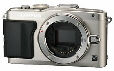 OLYMPUS PEN Lite E-PL6 EPL6 BODY, Flash, Battery, Charger, Cables etc Silver New