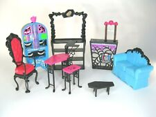 Monster High Coffin Bean Playset, Accessories included.