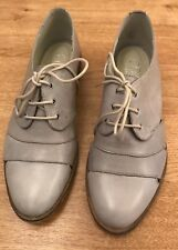 Ladies Cara Cut Out Grey Lace Up Brogue Uk Size 6 EU 39