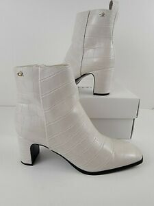 Calvin Klein Deni Ankle Boots Booties Croc White Leather Size 7