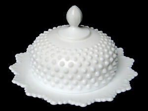 Fenton Round Covered Butter Dish~'Hobnail' Milk Glass~Crown Edge~MINTY~FREE SHIP