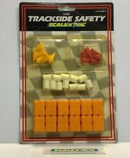 SCALEXTRIC HORNBY 1970's / 1980's C633 TRACKSIDE SAFETY PACK (MINT) NOS