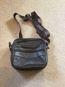 Genuine Leather ladies shoulder bag - Small Brown