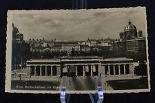 Postcard Wien Heldendenkmal mit Museen Austria BW RPPC
