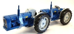 Universal Hobbies 1/16 Scale UH6297 - Doe Triple D New Performance Tractor
