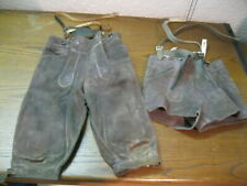 2 alte Kinder Lederhosen 60er 70er Jahre Tracht grau Vintage Kurz / Kniebund
