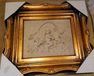 Relief 3 Amoretten Engel goldfarbenen viereckigen Rahmen Miniaturen Silhouette